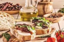 """""""地中海饮食""""让人健康长寿的秘密原来是......"""