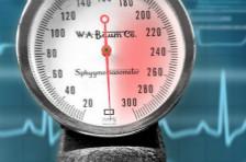 高血压控制不理想?坚持八段锦养生运动,好处多多