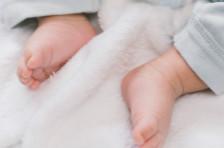 宝宝睡不好不吃饭可能是积食了,这么推拿帮助缓解宝宝积食