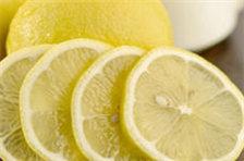 柠檬抗菌消炎又美白,医生提醒:柠檬虽好,这3类人不宜吃