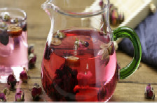 干玫瑰泡水喝功效多,还有2种更赞的吃法,不妨一试