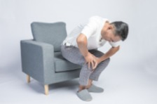 膝关节疼痛?大多和这5个原因有关!长期不注意小心膝关节炎找上你!