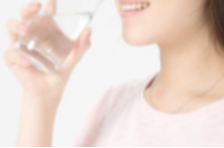 别等口渴才喝水,医生:这8个喝水的好时间,你知道吗?